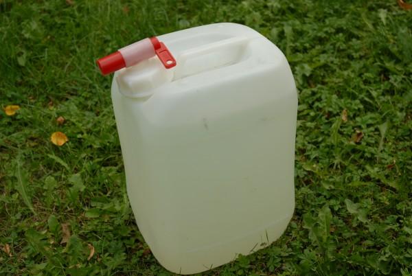 Wasserkanister 10 L mit Auslaufhahn
